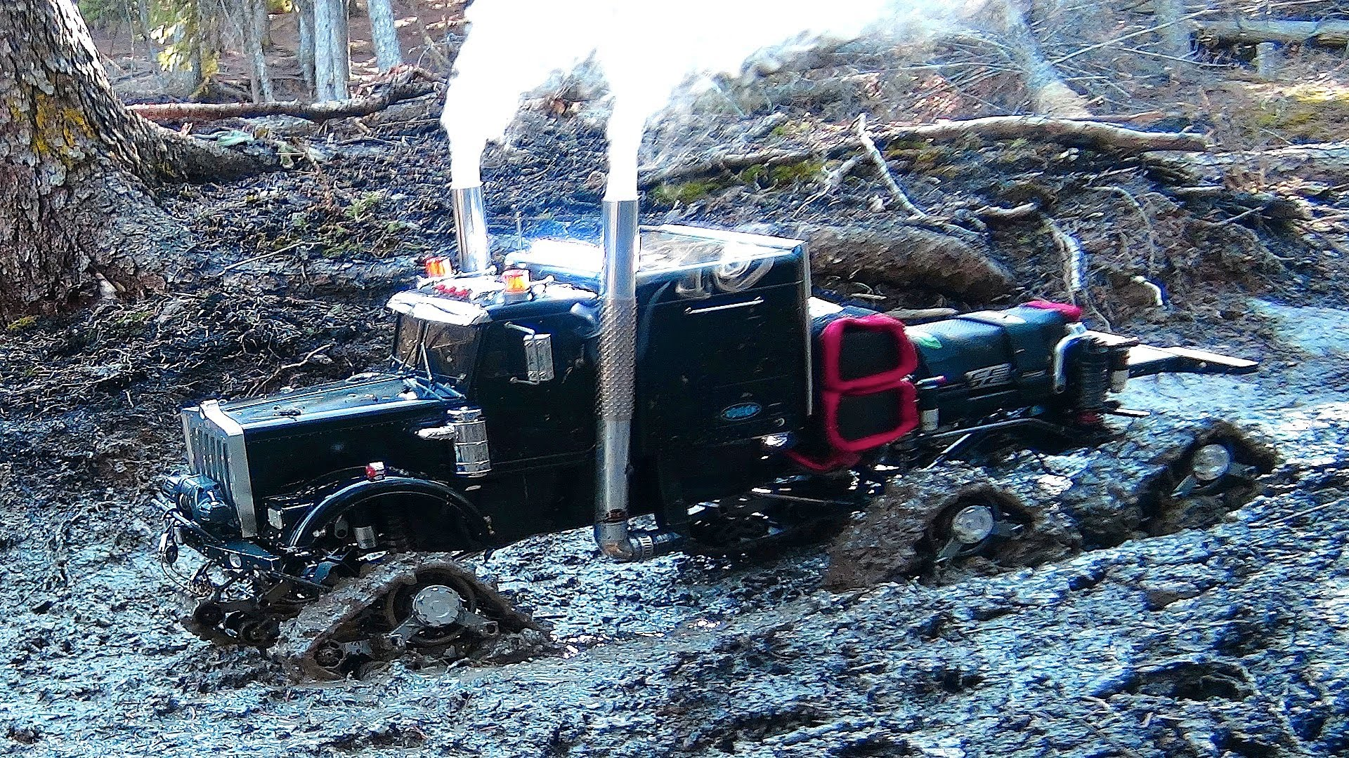 Mud Bog Monster Truck Is A Rc 4x4 Semi Truck Off Road Beast That Is Smaller Than Your Dog